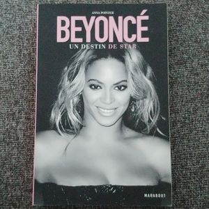"""Beyoncé: Un Destin de Star"" French Biography"
